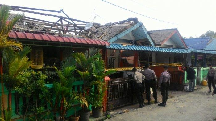 Rumah Hancur di Kampung Bulang, Dugaan Polisi Ini Pemicu Ledakan Elpiji