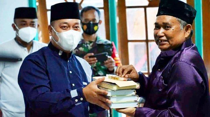 Safari Ramadhan Bupati Lingga, Muhammad Nizar Minta Warga Jaga Protokol Kesehatan