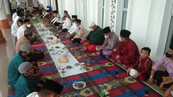 Safari Ramadhan Bupati Anambas, Abdul Haris di Masjid Agung Baitul Makmur Anambas.