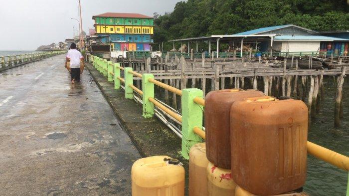 BBM Langka di Sejumlah Wilayah Anambas, Warganet Bikin Postingan Butuh Bensin di Story WhatsApp