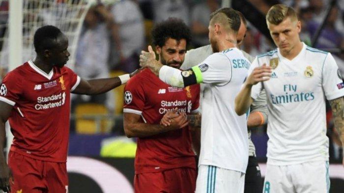 VIDEO - Mohamed Salah Menangis, Sergio Ramos Malah Nyengir Setelah Bikin Mo Salah Terkapar!
