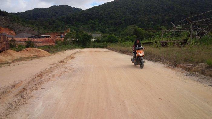 Warga Anambas Menanti Jalan Akses Bandara Letung Diaspal