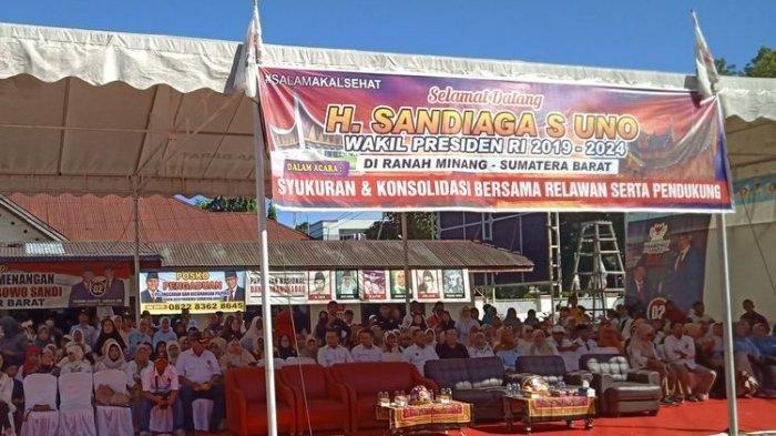 Sandiaga Uno ke Padang, Disambut Spanduk Selamat Datang Wapres RI 2019-2024