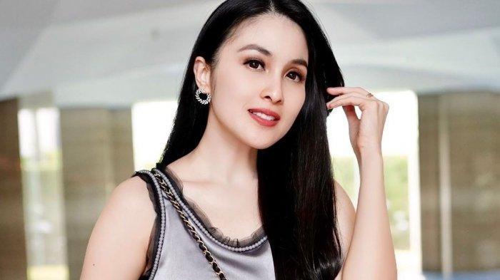 Rahasia Tubuh Langsing Ala Sandra Dewi Meski Baru Melahirkan, Apaan Sih? Diet Cukup 3 Hari