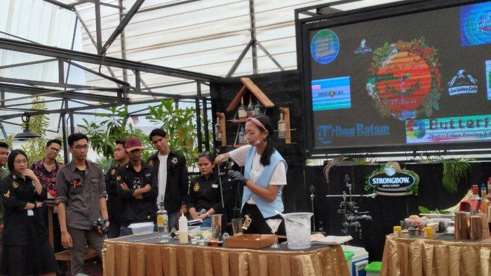 13 Bartender Berlomba Racik Minuman di Mixology Kompetisi