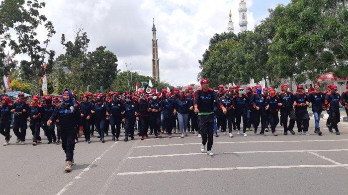 Pekerja Berharap Sembako tak Naik Setelah Gubernur Teken UMK Batam Sebesar Rp 3,8 Juta