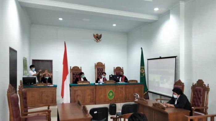 KORUPSI DI TANJUNGPINANG - Sidang agenda pembacaan tuntutan terdakwa kasus dugaan korupsi BPHTB Yudi Ramdani di Pengadilan Negeri Tanjungpinang, Rabu, (7/7/2021).