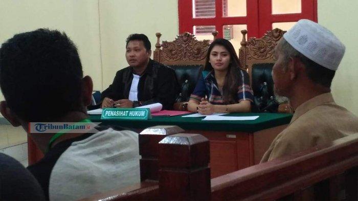 Sidang Dugaan Money Politic - Terdakwa Indri Bantah Keterangan Saksi Panwascam Moro