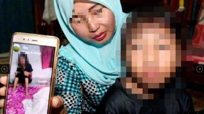 Seorang anak jadi korban keganasan ayahnya karena mirip ibunya.