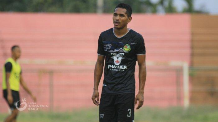 Kualifikasi Piala Dunia 2022 - Simon McMenemy Panggil Abduh Lestaluhu Jelang Lawan UEA & Vietnam