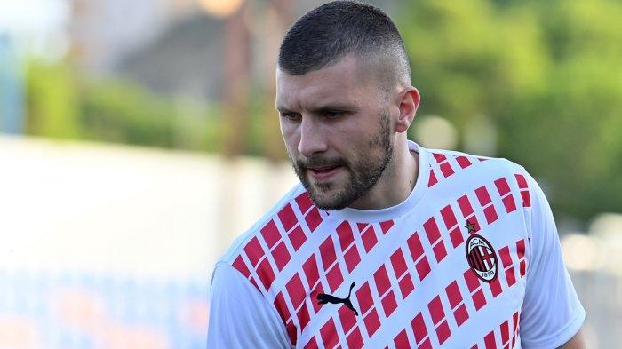 Kabar Terbaru Ante Rebic, AC Milan Pastikan Tangan Strikernya Tidak Patah, Absen 2 Pekan