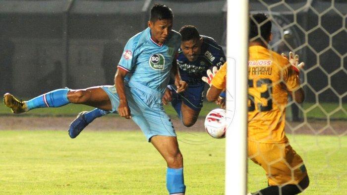 Striker Persib Wander Luiz Sabet Dua Penghargaan, Gol ke Gawang Persela jadi Pilihan Bobotoh