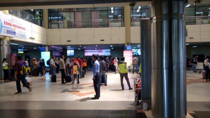 8 Hari Penumpang di Bandara Hang Nadim Batam Sepi, Suwarso Bantah Penerbangan ke Padang Ditunda