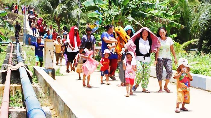 Suasana di Desa Teluk Sasah Kecamatan Sri Kuala Lobam, Kabupaten Bintan Provinsi Kepri.