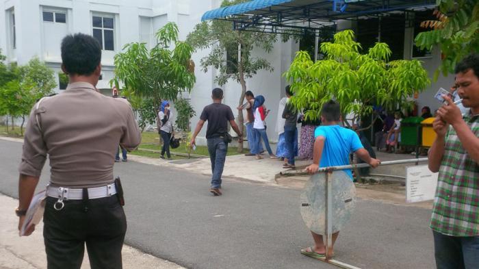 BREAKINGNEWS: Beredar Kabar Dokter di RSUD Embung Fatimah Bakal Turun Demo! Begini Situasi Lokasi!