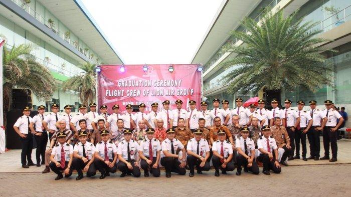 Lion Air Group Strengthens Aviation Operation, Inaugurate 97 Flight Crews