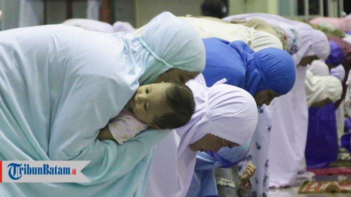 Doa Sahur dan Bacaan Niat Salat Tarawih saat Jadi Makmum & Imam di Bulan Ramadhan