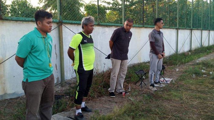 Persiapan Tim Futsal Kepri Jelang PON XX, Pelatih Beri Instruksi Atlet Latihan di Rumah