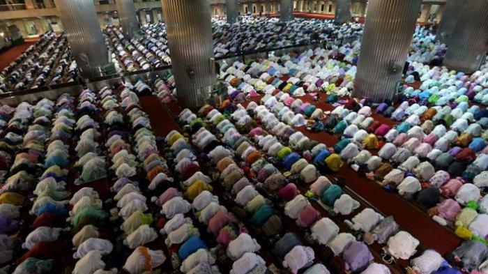 Inilah Bacaan Doa Sesudah Sholat Tarawih, Beserta Niat Sholat Tarawih dan Sholat Witir