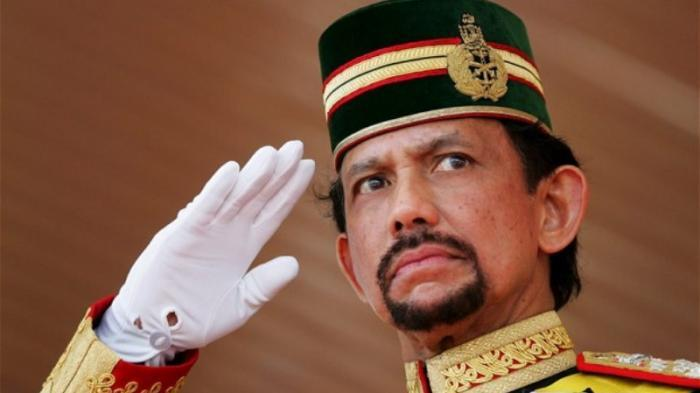 Sultan Brunei Pastikan Tidak Akan Terapkan Hukuman Mati pada LGBT