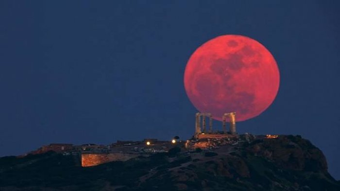 Peringatan Dini BMKG, 7 Wilayah Indonesia Ini akan Terdampak Gerhana Bulan dan Supermoon