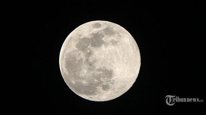 Supermoon Terjadi Malam Ini. Ini Amalan yang Dianjurkan saat Terjadi Gerhana Bulan