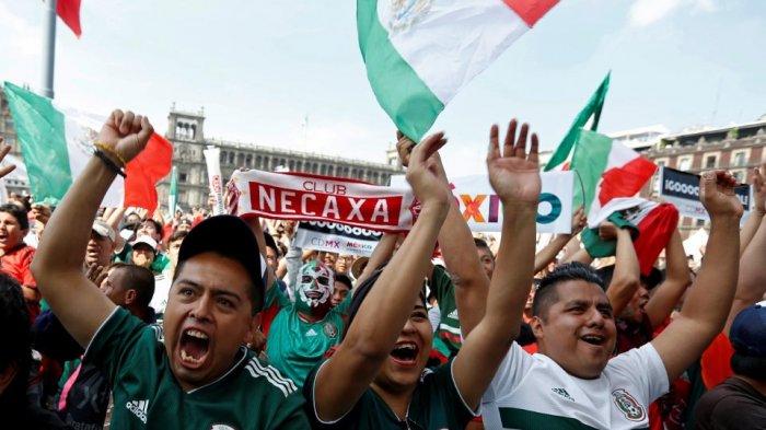 Suporter Korea Selatan Diarak Pendukung Meksiko di Rusia, Kedubes Korsel Digeruduk Ribuan Orang