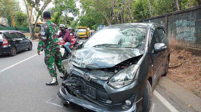 Tabrakan Mobil Avanza vs Agya di Tanjungpinang Selasa Siang, Polisi Sebut Sopir Ini yang Lalai