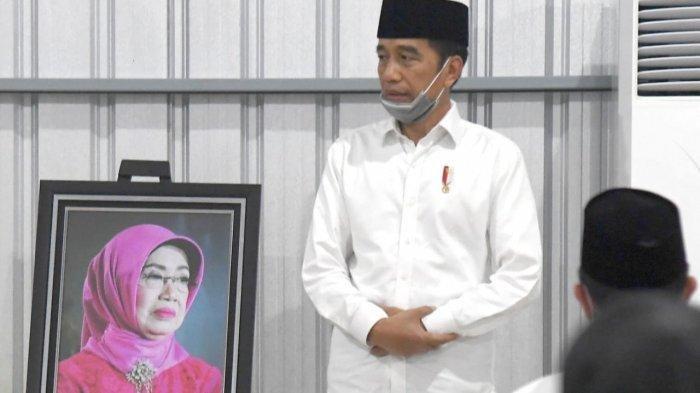 Setelah ke Kampung SBY, Jokowi Ziarah ke Makam Sang Ibu, Ditemani Gibran Rakabuming