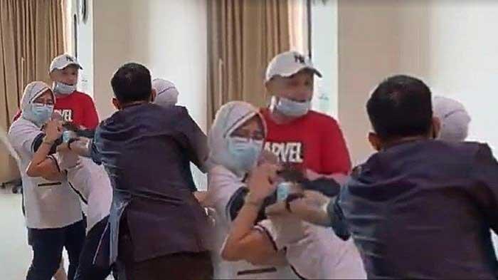 Sempat Ngaku Polisi, Profesi Sebenarnya Pria Pemukul Perawat RS Siloam Terungkap, Diluar Dugaan