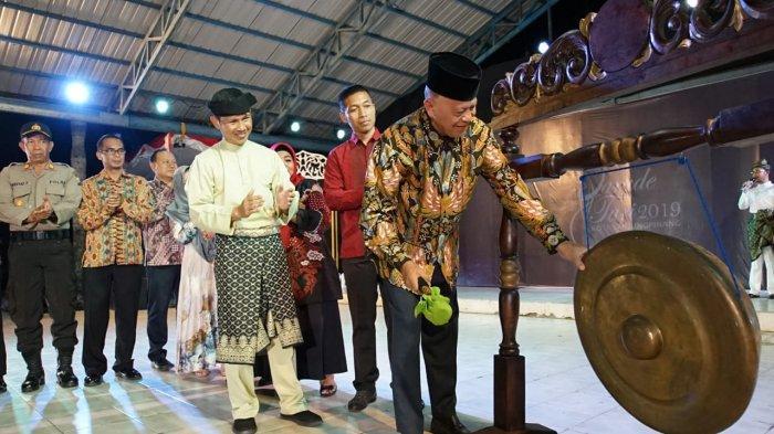 Walikota Tanjungpinang Buka Parade Tari, Sebut Ini Sebagai Ajang Pelestarian Budaya