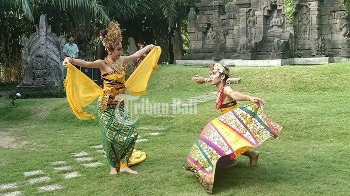 Ciri-ciri Gerak Tarian Bali, Ekspresi Wajah Penari dan Gerak Mata