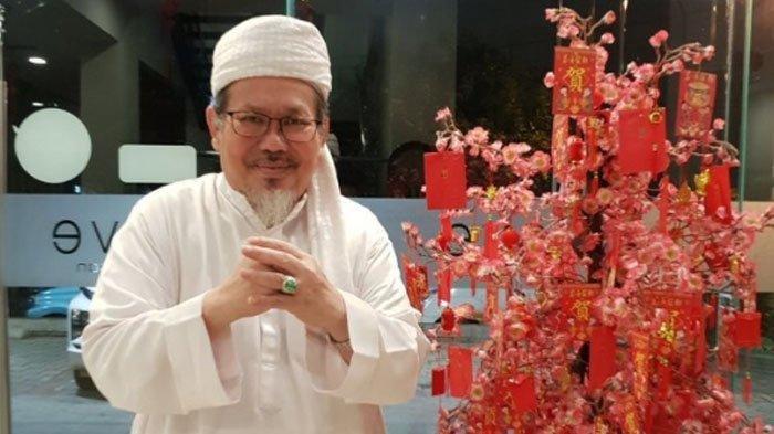 Imlek, Tiba-tiba Tengku Zulkarnain Ngaku Keturunan Cina - Halaman all -  Tribun Batam