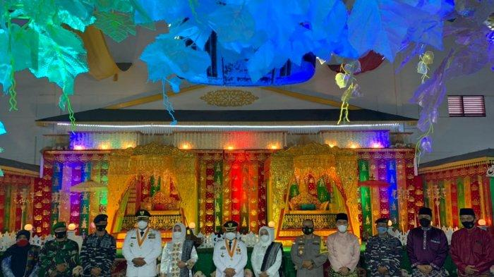 Abdul Haris dan Wan Zuhendra Pimpin Anambas Lagi, Ikuti Tepuk Tepung Tawar Khas Melayu