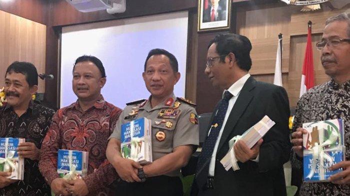 Namanya Menguat di Survei, Mahfud MD Malah Bilang Tito Karnavian Cocok Jadi Wakil Presiden