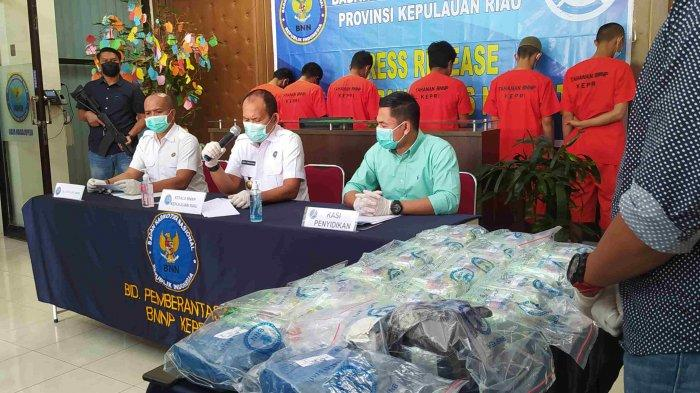 Ungkap kasus peredaran narkoba oleh BNPP Kepri, Selasa (4/5/2021).