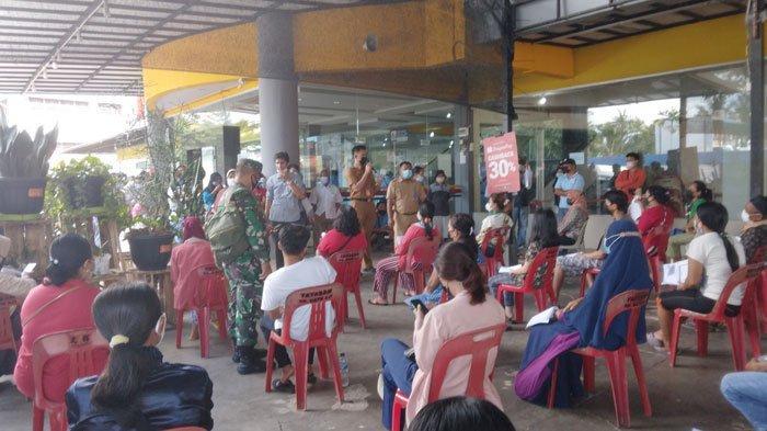 VAKSINASI CORONA DI BATAM - Pelaksanaan vaksinasi corona di Kelurahan Sagulung Kota, Kecamatan Sagulung, Kota Batam, Provinsi Kepri. Foto diambil belum lama ini.