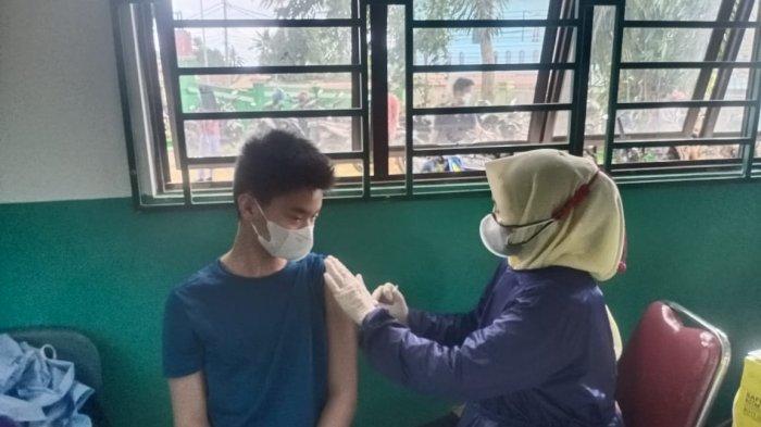 Lima Sekolah di Batam Gelar Vaksinasi Corona Massal Cegah Covid-19