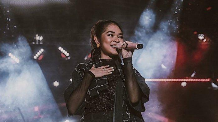 Regina Poetiray Gantikan Posisi Momo Jadi Vokalis Band Geisha, Jebolan The Voice Indonesia