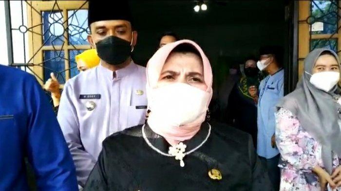 OKNUM ASN Pemko Tanjungpinang Tersandung Kasus Penipuan. Wali kota Tanjungpinang Rahma meminta warga untuk mewaspadai aksi penipuan.