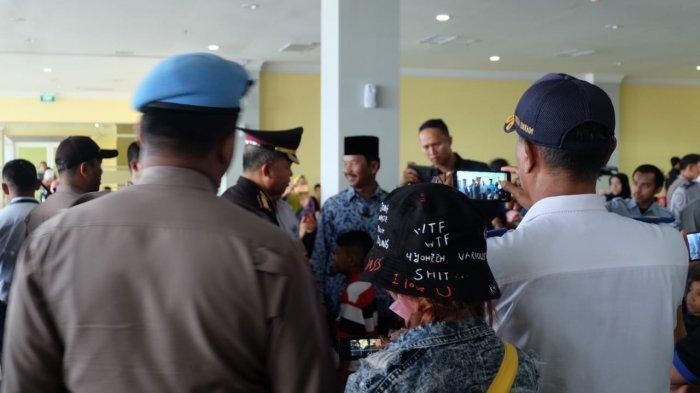 Tinjau Pelabuhan Sekupang Batam, Walikota Rudi Minta Lantai Dasar Ditambah AC, Biar Gak Kepanasan