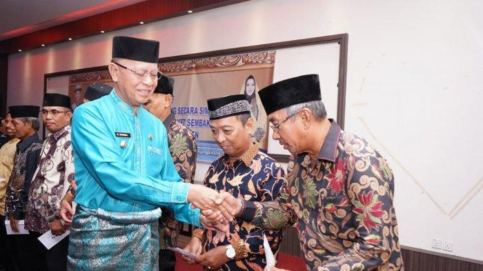 RT RW di Tanjungpinang Dapat Insentif Rp 1.057.500, Wali Kota Pesan Harus Lebih Melayani Masyarakat
