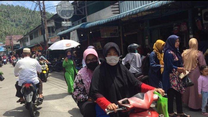Masih ada Warga Anambas Tak Pakai Masker saat Berburu Keperluan Idul Fitri di Pasar Inpres