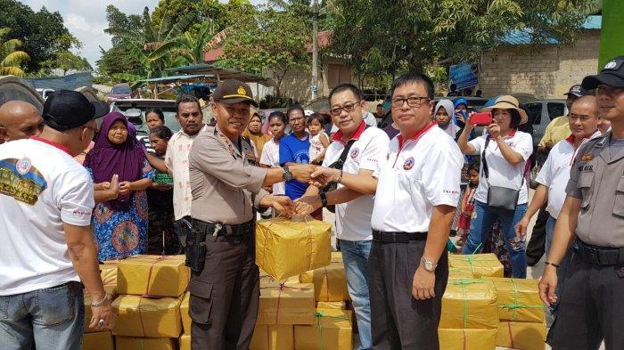 Polsek Lubuk Baja dan PKTM Bagikan Sembako Gratis ke Masyarakat Bukit Timur Tanjunguma