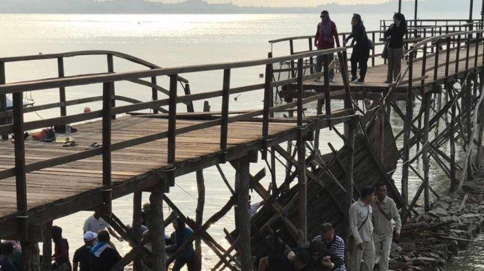 Jembatan Montigo Resort Batam Ambruk, Puluhan Wisman Tercebur ke Laut, Ada Korban Patah Tulang Iga