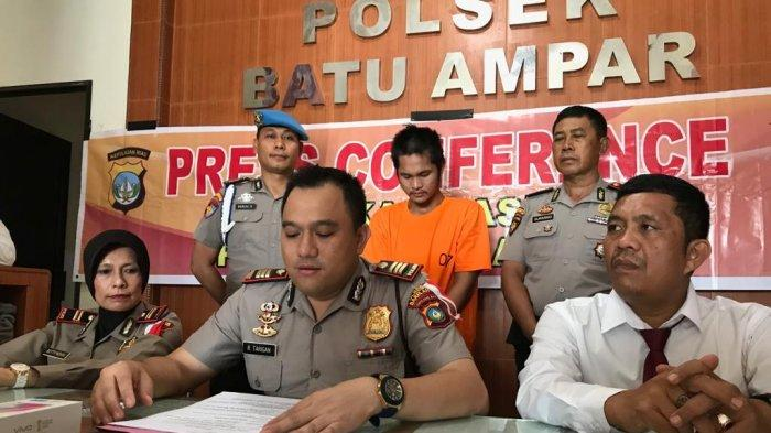 Sadistic Jambret (Thief) In Batam, Injuring The Victim's Hand With Scissors When Pullings Bag
