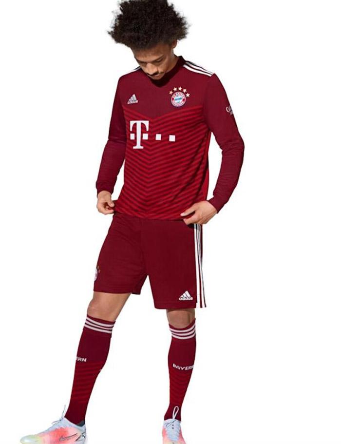 Jersey Kandang Bayern Munchen musim 2021-2022 dipakai Leroy Sane
