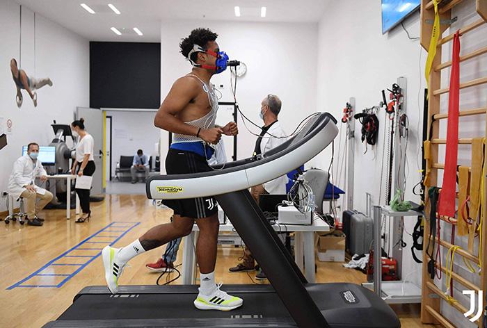 Pemain Juventus asal Amerika Serikat Weston McKennie menjalani pemeriksaan kesehatan