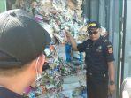 09072019-sampah-impor-di-surabaya.jpg