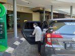 10042021titik-jemput-gocar-di-mega-mall.jpg